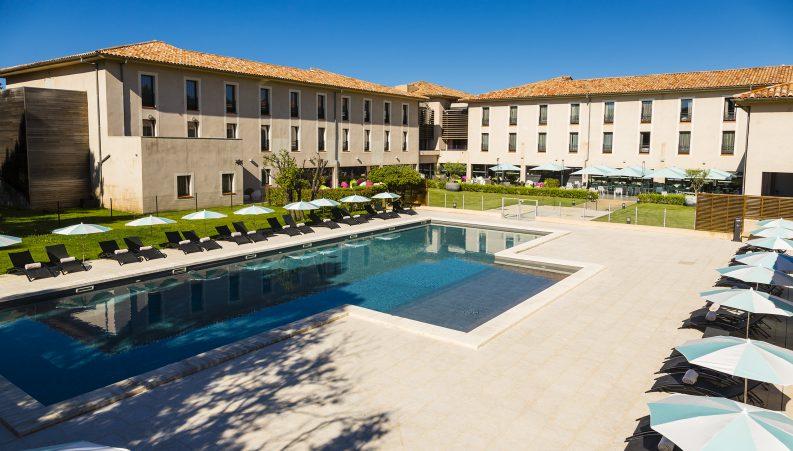 Castellet experiences createur evenements experiences for Prix grande piscine